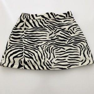 5 for $25 Gymboree Velvet Zerbra Skirt Size 4